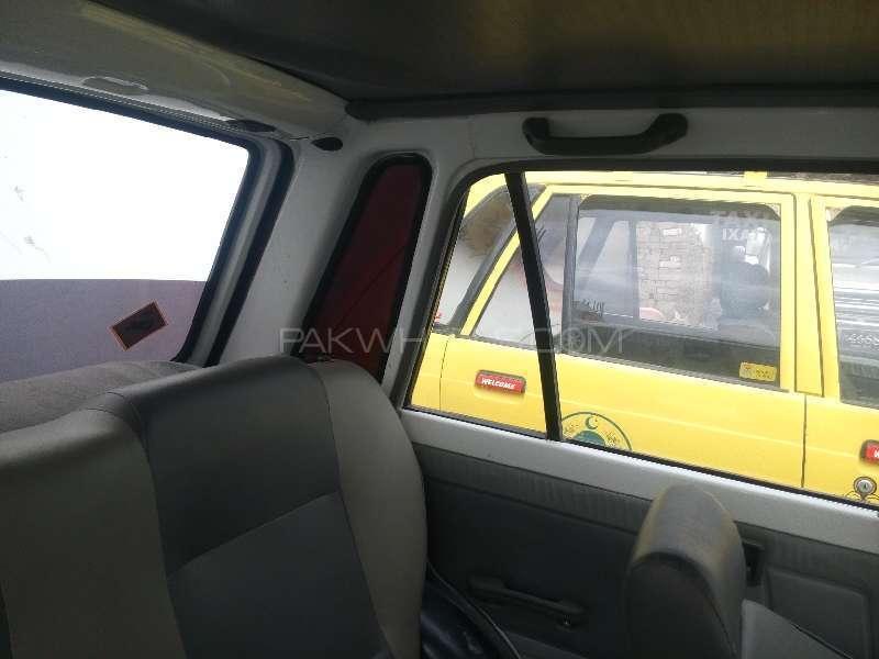 Suzuki Mehran VX 2012 Image-4