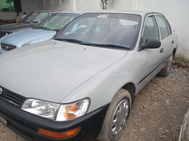Toyota Corolla XE Limited 1994 Image-2