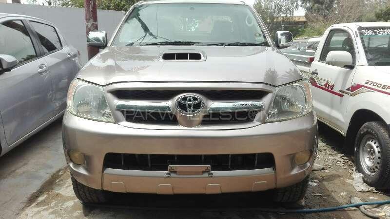 Toyota Hilux 2008 Image-1