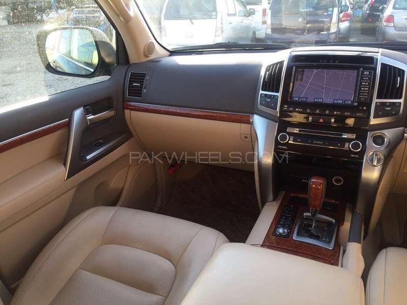 Toyota Land Cruiser ZX 2012 Image-4