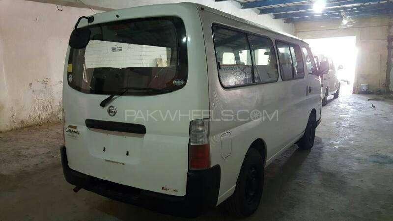 Nissan Caravan 2006 Image-4