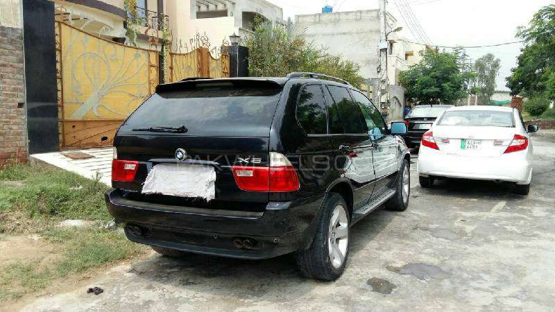 BMW 5 Series 545i 2004 Image-2