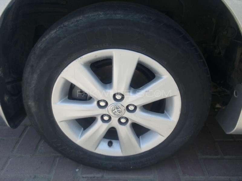 Toyota Corolla Altis 1.6 2011 Image-10