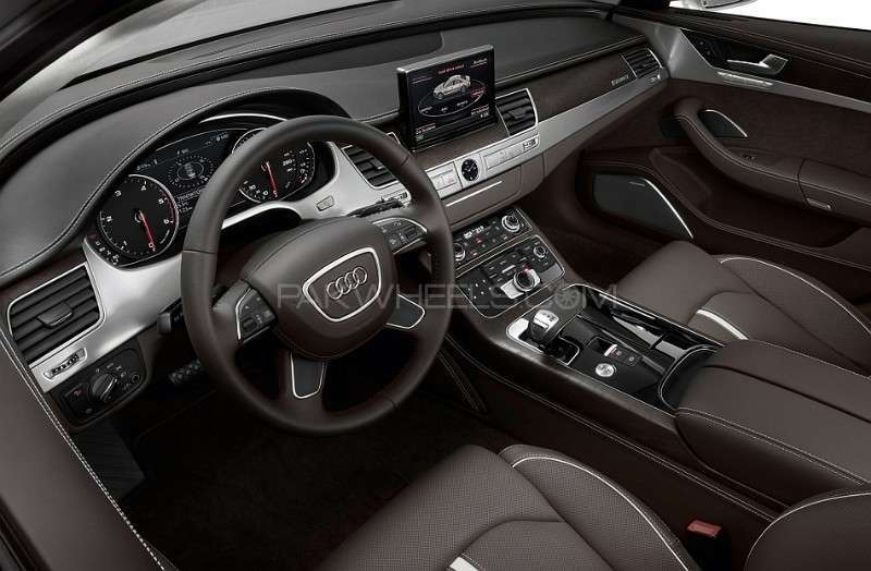 Audi A8 2014 Image-3