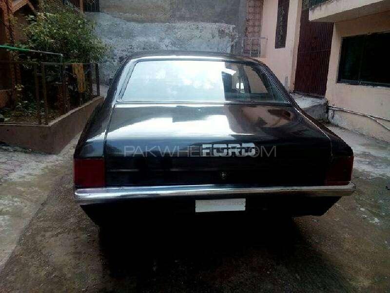 Ford Cortina 1972 Image-7