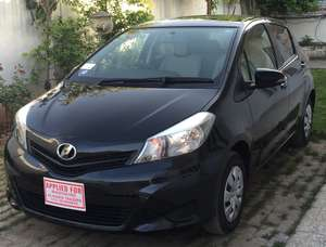 Toyota Vitz F Intelligent Package 1.0 2013 for Sale in Islamabad