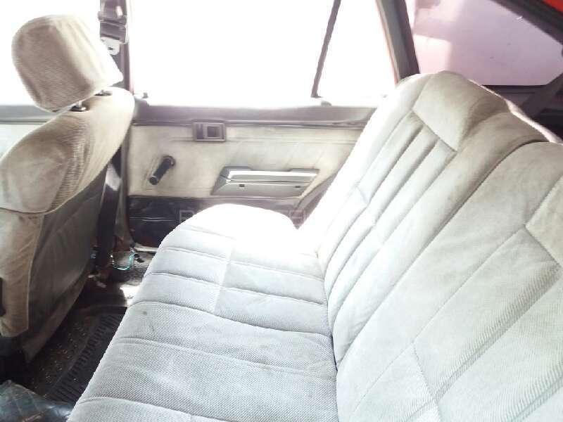 Toyota Corolla 1986 Image-6