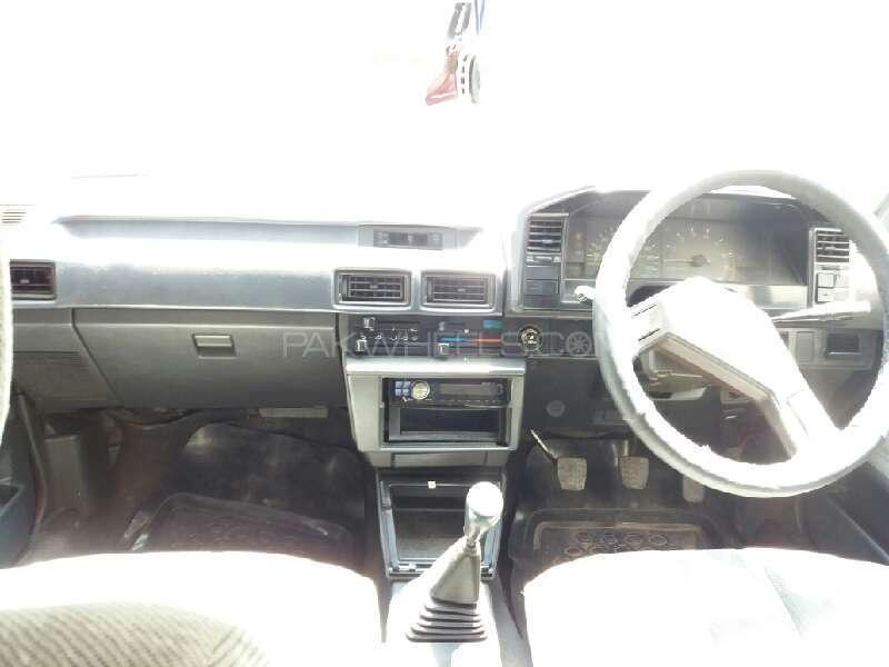 Toyota Corolla 1986 Image-7