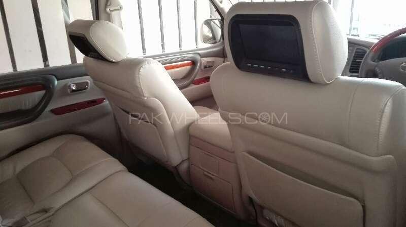 Toyota Land Cruiser Cygnus 2002 Image-5