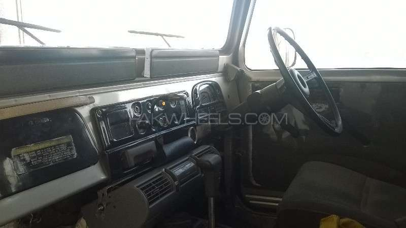 Toyota Land Cruiser 1974 Image-9