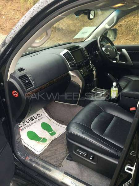 Toyota Land Cruiser ZX 60th Black Leather Selection 2013 Image-3