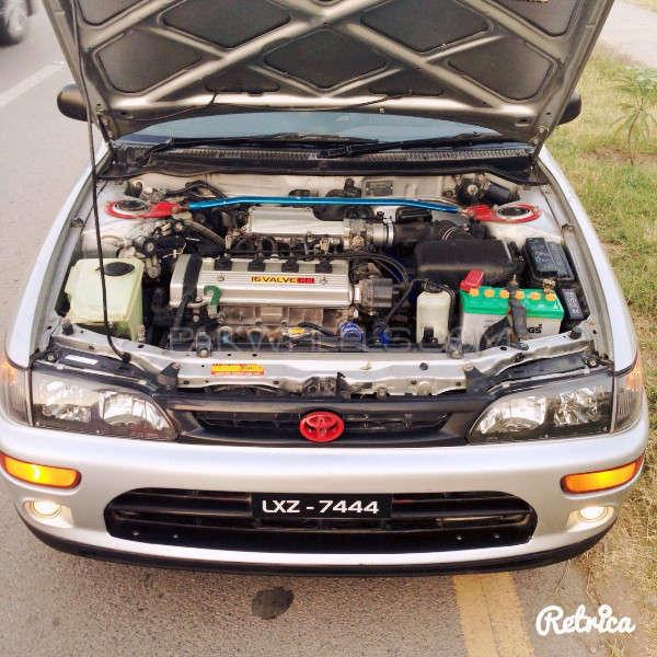 Toyota Corolla GLi Special Edition 1.6 2001 Image-3