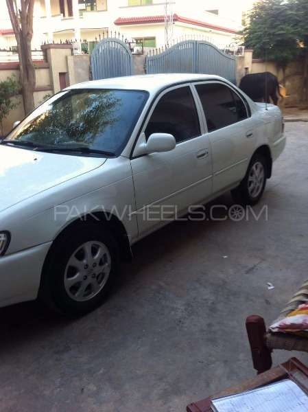 Toyota Corolla 2.0D Limited 2001 Image-3