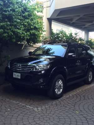 Slide_toyota-fortuner-2-7-automatic-2013-11250976