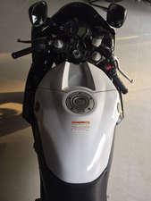 Slide_yamaha-yzf-r1-2012-11276102