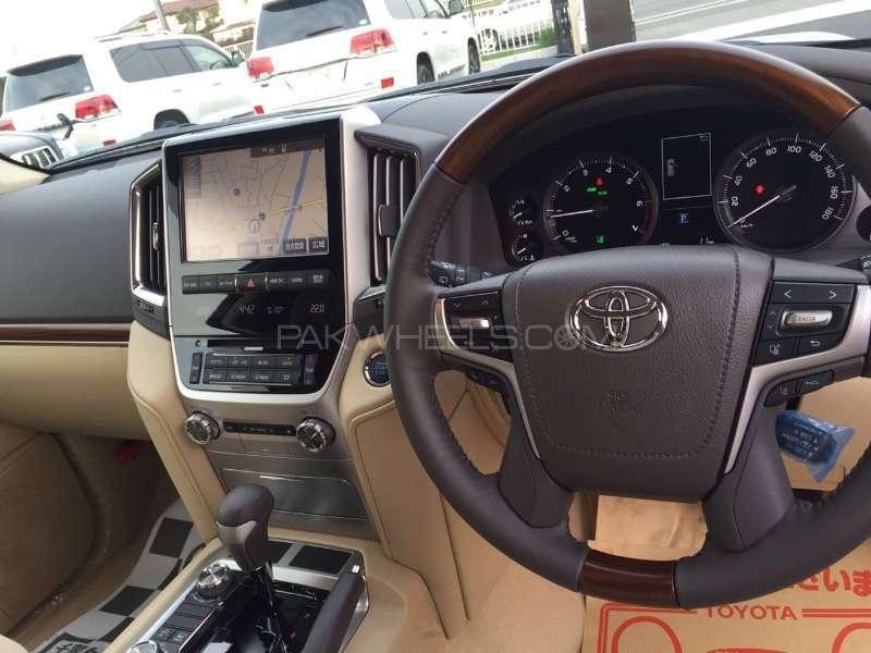 Toyota Land Cruiser 2016 Image-5