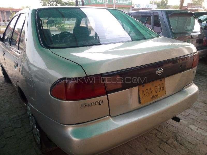 Nissan Sunny EX Saloon 1.3 1997 Image-4