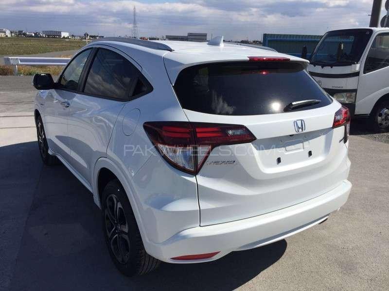Honda Vezel S 2016 Image-4