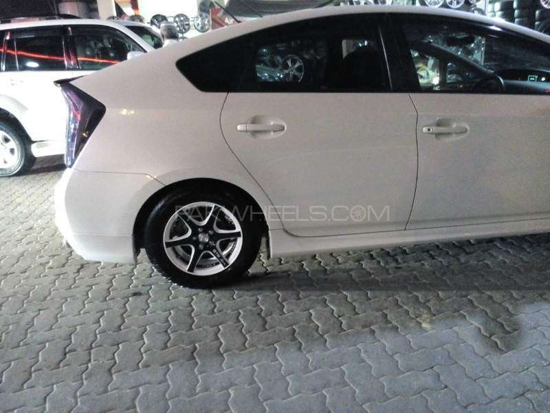 Toyota Prius G Touring Selection Leather Package 1.8 2011 Image-4