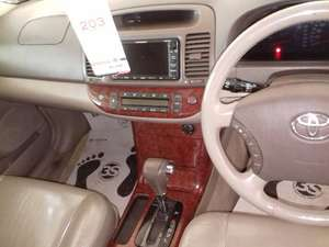 Slide_toyota-camry-2-4-up-specs-automatic-2005-11333582