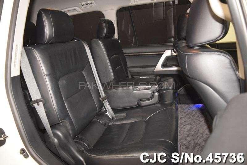Toyota Land Cruiser ZX 2011 Image-13