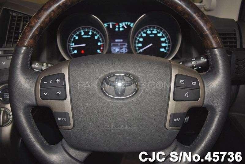 Toyota Land Cruiser ZX 2011 Image-14