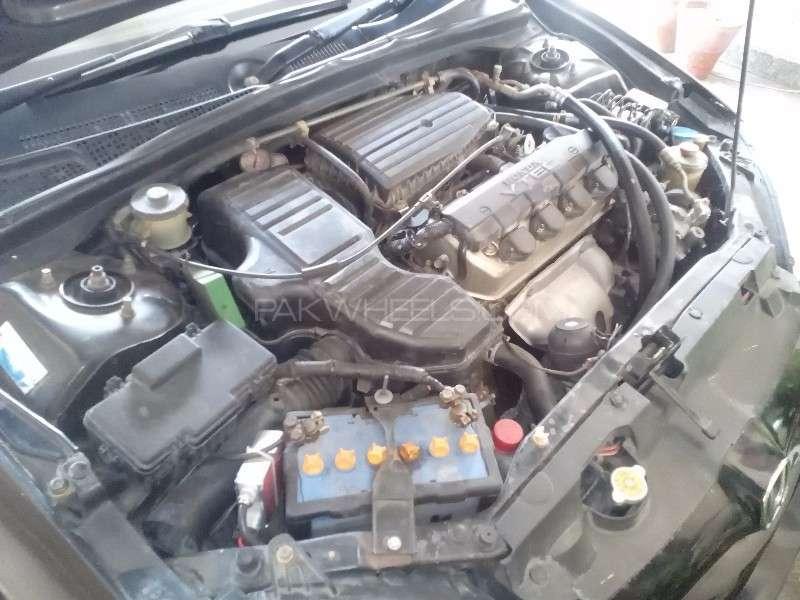 Honda Civic VTi Oriel Prosmatec 1.6 2005 Image-8