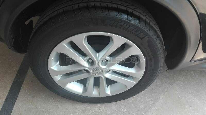 Nissan Juke 2011 Image-11