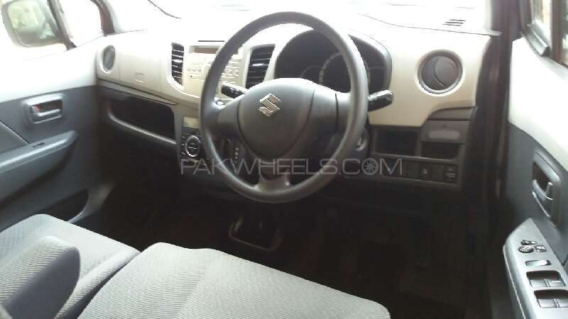 Suzuki Wagon R FX 2014 Image-3