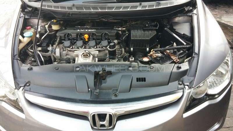 Honda Civic VTi Oriel Prosmatec 1.8 i-VTEC 2007 Image-7
