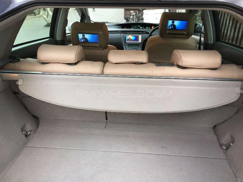 Toyota Prius G 1.8 2010 Image-14