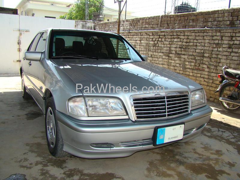 Mercedes Benz C Class C200 1998 Image-2