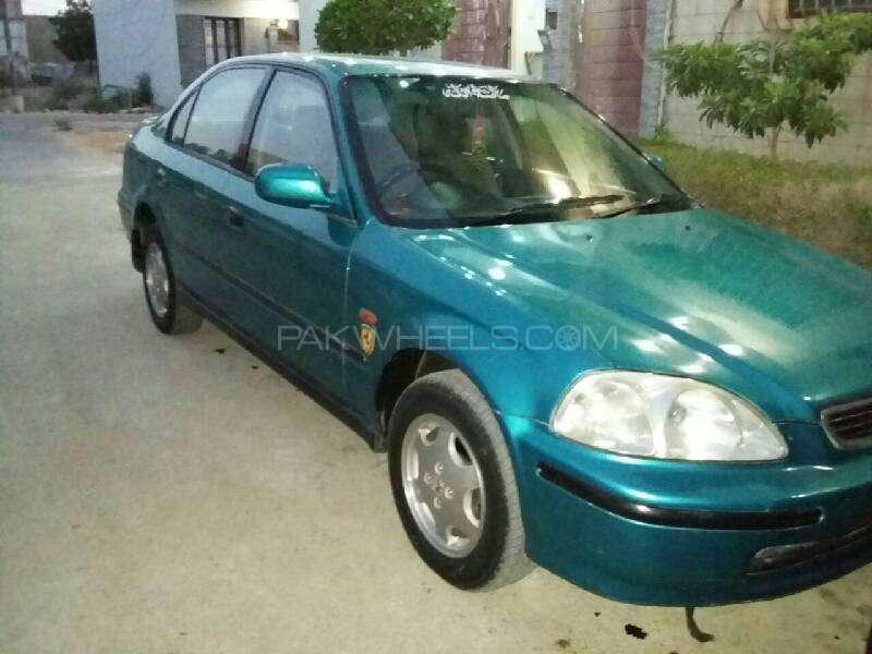 Honda Civic VTi 1.6 1998 Image-2