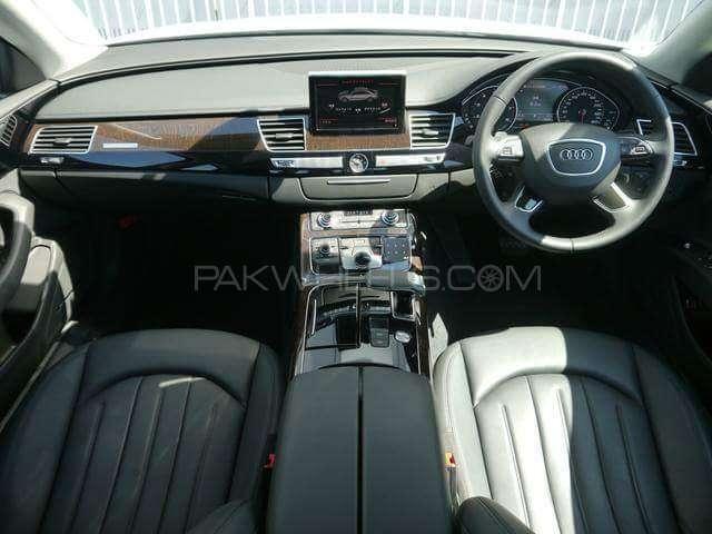 Audi A8 4.2 FSI Quattro 2015 Image-7