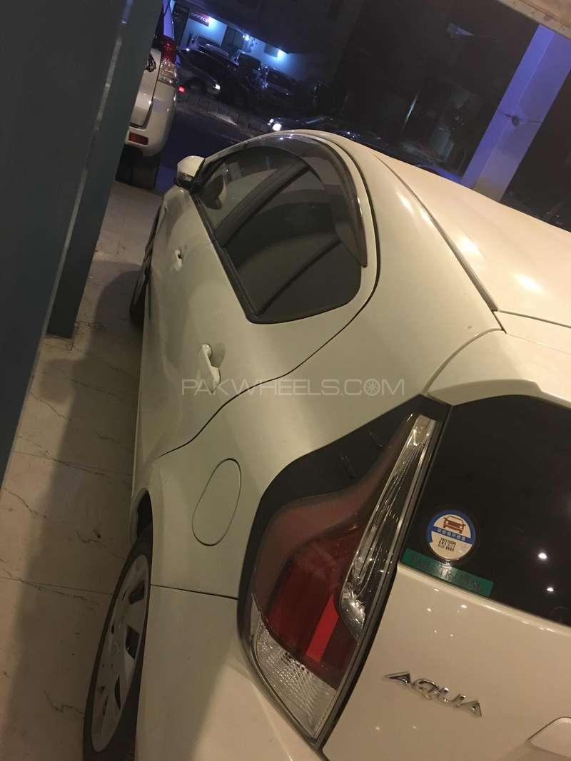 Toyota Aqua S 2015 Image-10