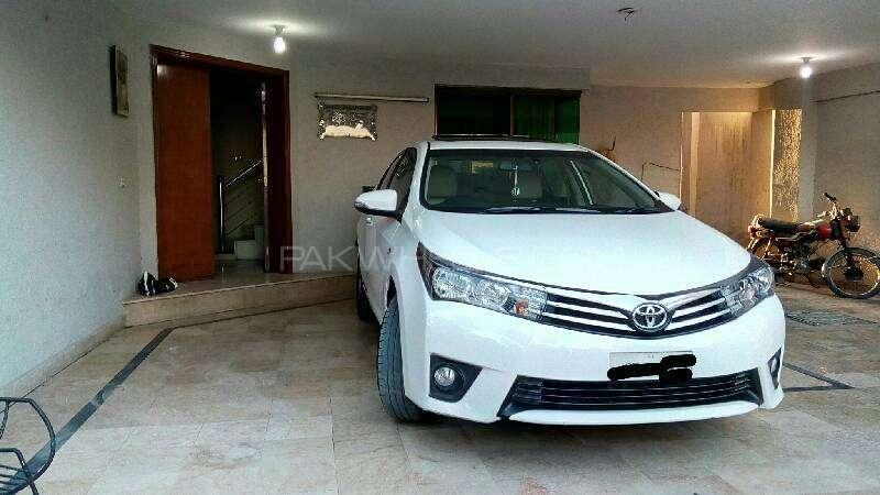 Toyota Corolla Altis Grande 1.8 2014 Image-3