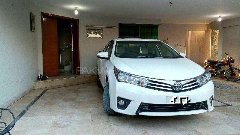 Toyota Corolla Altis Grande 1.8 2014 Image-6