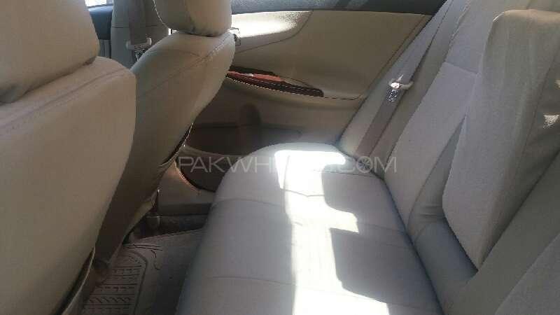 Toyota Corolla Altis Cruisetronic 1.8 2013 Image-5