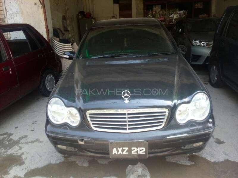 Mercedes Benz C Class C200 CDI 2004 Image-1
