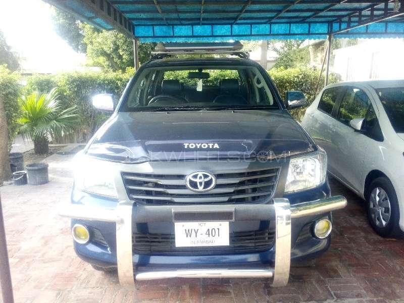 Used Toyota Hilux Vigo Champ V 2012 Car For Sale In Multan