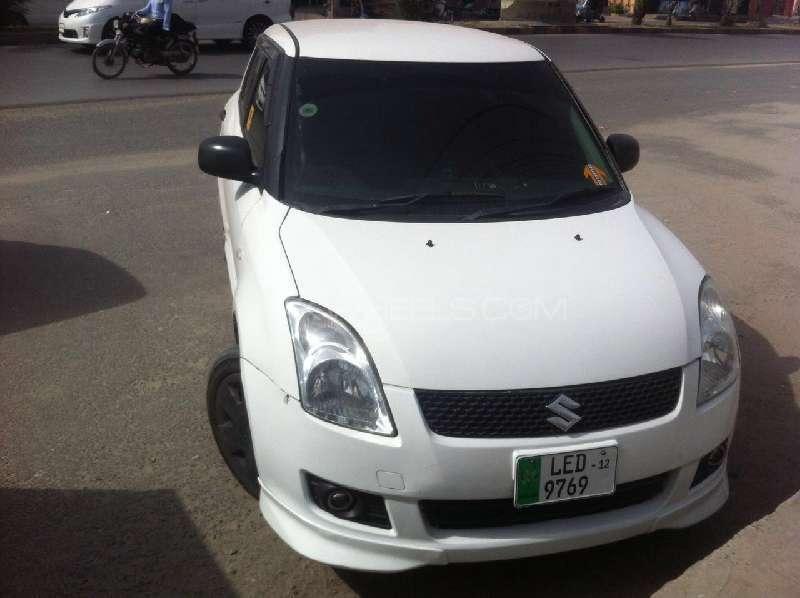 Suzuki Swift DX 1.3 2012 Image-17