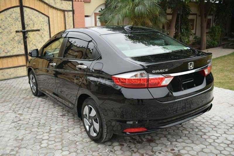 Honda Grace Hybrid 2015 for sale in Lahore   PakWheels
