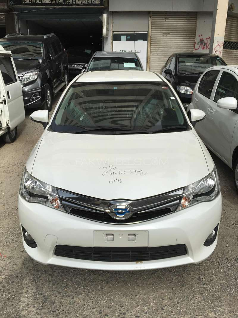 Toyota Corolla Fielder Hybrid 2013 Image-7