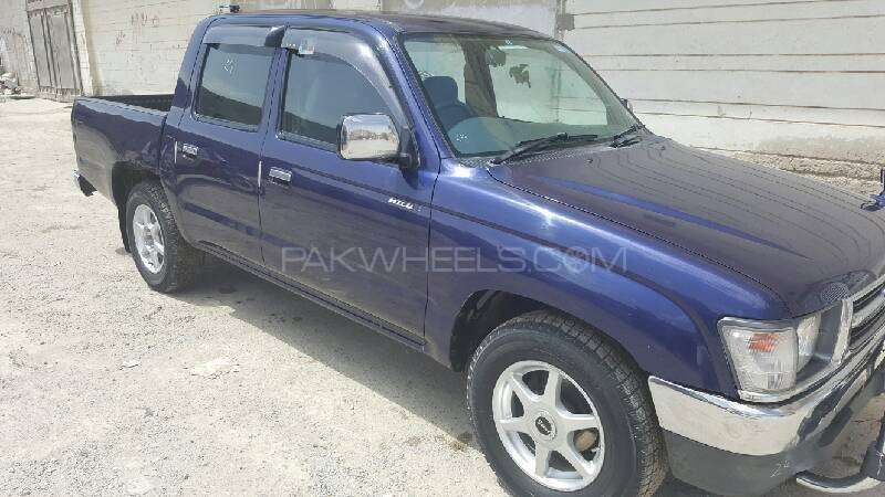 High Quality Toyota Hilux Double Cab 2001