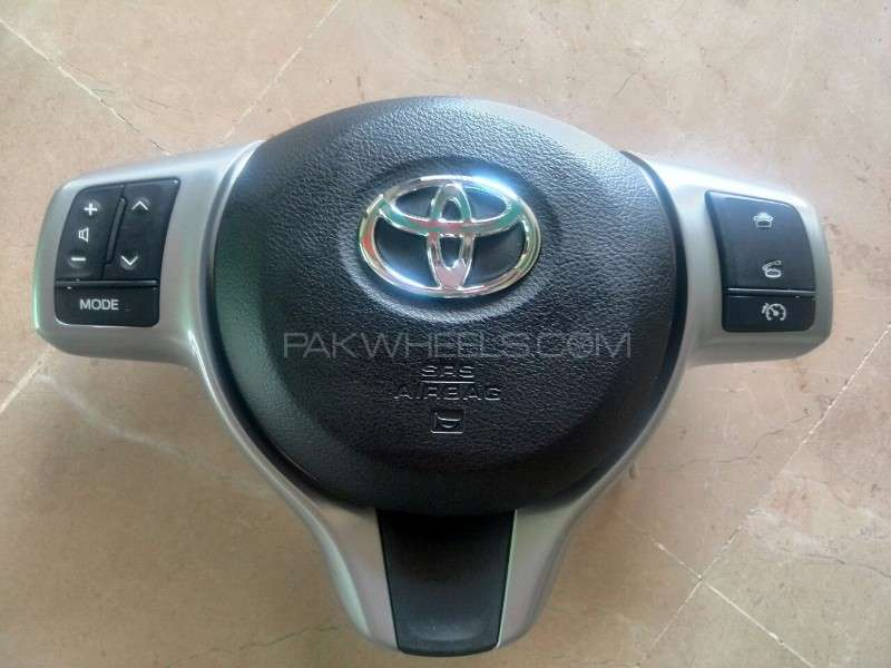 Toyota Vitz Multimedia Switches & Airbag Cover Image-1