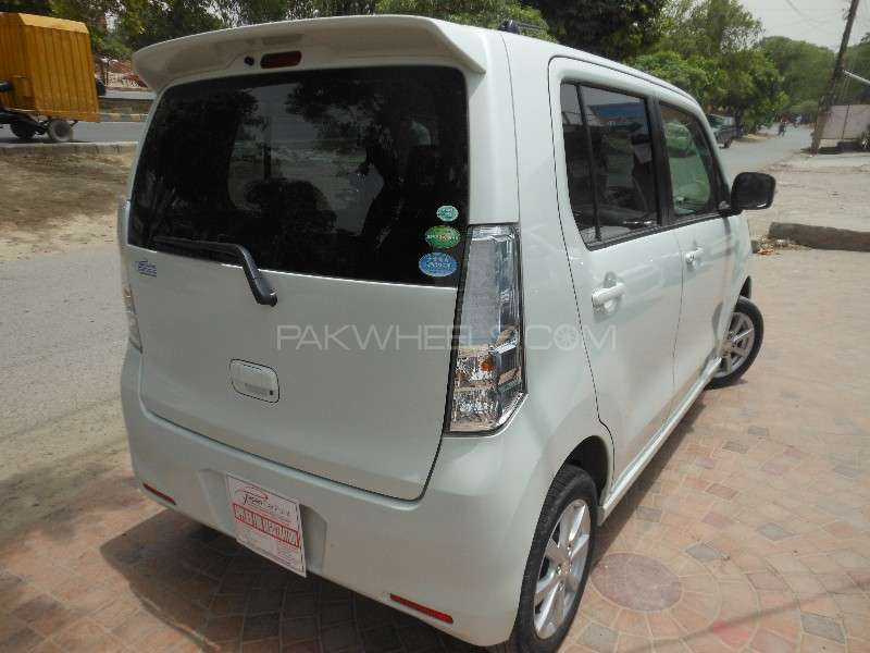 Mazda flair custom style xs 2013 for sale in lahore for Flair custom homes