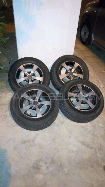 "13"" Alloy Rims and with New Dunlop Tyres Image-1"