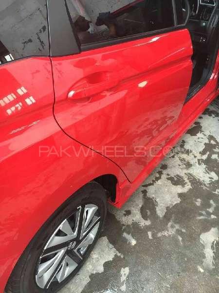 Honda Fit X 2014 Image-9