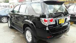 Slide_toyota-fortuner-2-7-automatic-2013-11956468