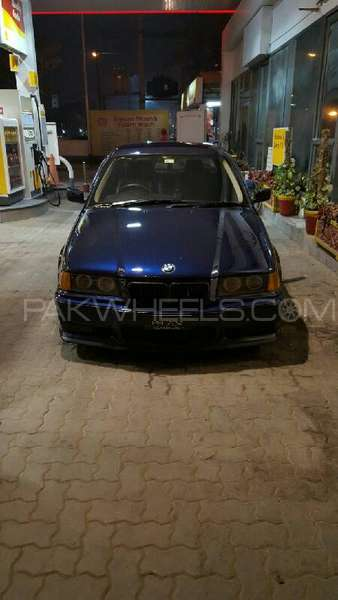 BMW 3 Series 1994 Image-4